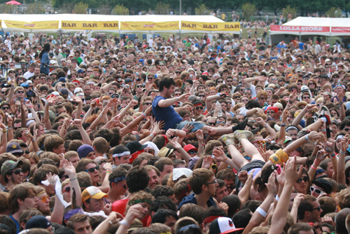 Fans rocking out at Lollapalooza. Photo from lollapalooza.com.